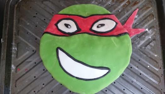 Making a birthday cake – Teenage Mutant Ninja Turtles
