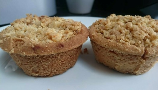 Apple Crumble Pies – EatandTweet Style